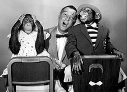 Garry moore marquis chimps 1959