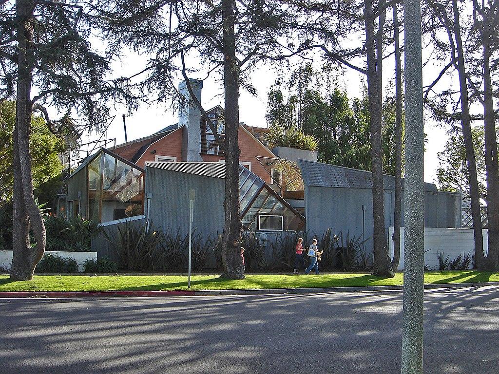 フランク・ゲーリーの自邸の参考画像
