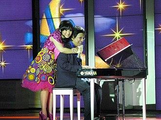 Gita Gutawa - Gita Gutawa with her father Erwin, 2008