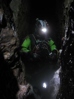 Dive light - Cave diver with head-mounted light