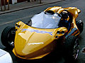 Gold Campagna T-Rex in New York.jpg