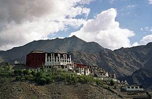 Phyang Monastery - Image: Gompa Phyang 1