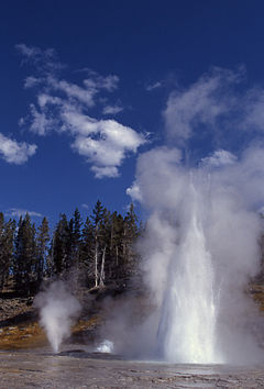 Grand and vent geysers.jpg