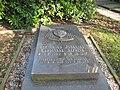 Grave Bernardus Alfrink.JPG