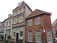 Grave Rijksmonument 17251 Hamstraat 26-26A.JPG