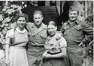 Agfa-Commando - Grünwald: Nel Niemantsverdriet, Harry Cowe, Rennie van Ommen-de Vries, Sgt. Nathan Asch