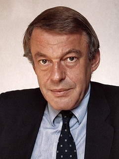 Hans van Mierlo Dutch politician