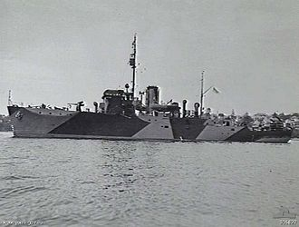 Royal Indian Navy (1612–1950) - HMIS ''Bombay'' in Sydney Harbour, 1942