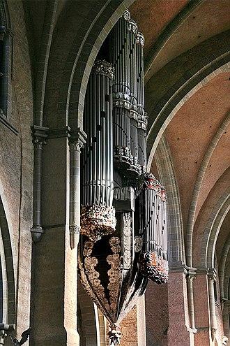 Klais Orgelbau - Image: Hauptorgel im Trierer Dom 2007 10 14