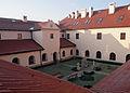 Hebdów budynek klasztorny.jpg