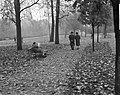 Herfststemming in Amsterdam. In het Vondelpark, Bestanddeelnr 913-1153.jpg