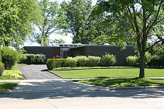 Kenilworth, Illinois - Dr. Robert Hohf House