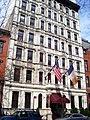 Hotel 17 225 East 17th Street.jpg