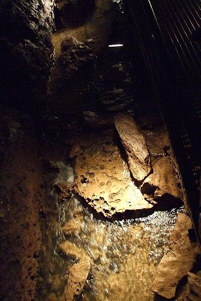 Hotton-Caves-7.JPG