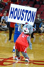 01ebedb10 Clutch the Bear is the Rockets  mascot.