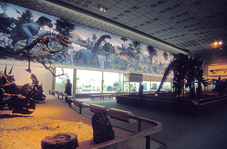 Peabody Museum of Natural History - The Great Hall of Dinosaurs