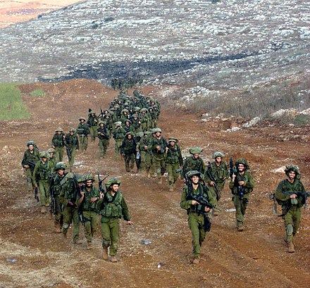 Israeli soldiers of the Nahal Brigade leaving Lebanon Idf back from lebanon.jpg