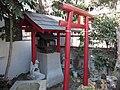 Inari Shrine (稲荷神社) - panoramio (13).jpg