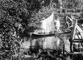 Indianer rigga (riggar) en kanot. Stam, Cuna. Lokal, Anachucuna, San Blas, Panamá. San Blas. Panama - SMVK - 004408.tif