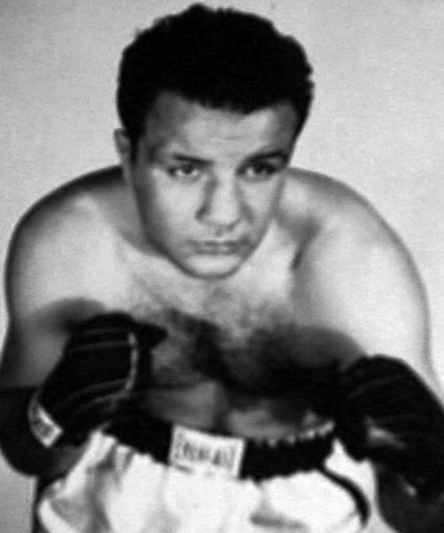 Jake LaMotta signed photo postcard 1952 (cropped)