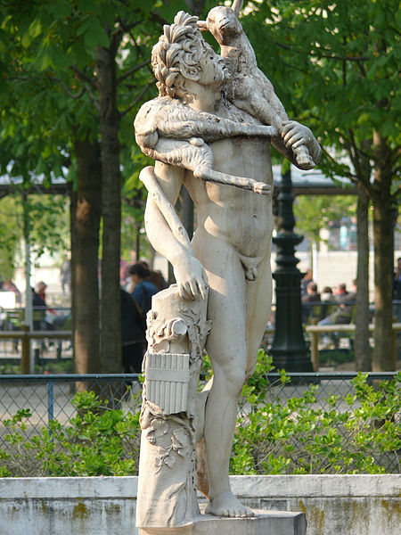 file jardin des tuileries statue faune jpg wikimedia. Black Bedroom Furniture Sets. Home Design Ideas