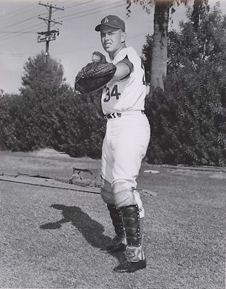 Jeff Torborg - Torborg with the Dodgers in 1964