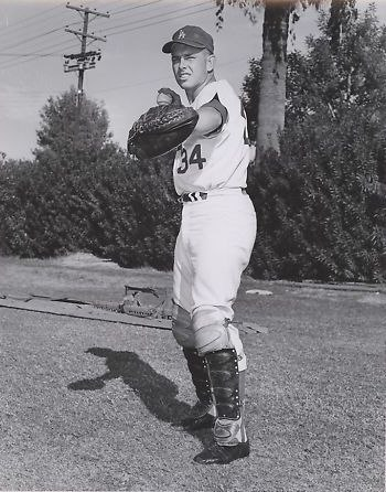 Jeff Torborg with the Dodgers, 1964 (cropped)