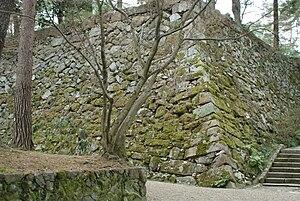 亀山城(丹波国)石垣