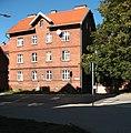 Kamienica Żeromskiego 10 w pełnym słońcu.jpg