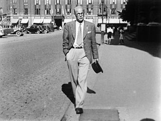 Urho Kekkonen - Young lawyer Kekkonen walking near Ateneum, Helsinki, in the early 1930s.