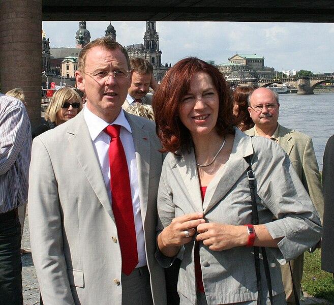 Datei:Kerstin Kaiser und Bodo Ramelow in Dresden.jpg