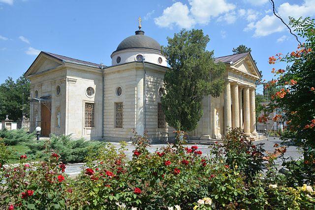 Екатерининский собор в Херсоне, основанный Потёмкиным. В нём же он и был похоронен в 1791 году.