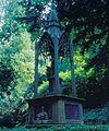 Koblenz Hauptfriedhof Grabmal Pfarrer Carl Albrecht 2001.jpg