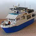 LEGO Luxury Motor Yacht - Bow View - Bill Ward's Brickpile.jpg