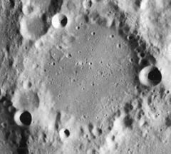La Caille crater 4108 h1.jpg