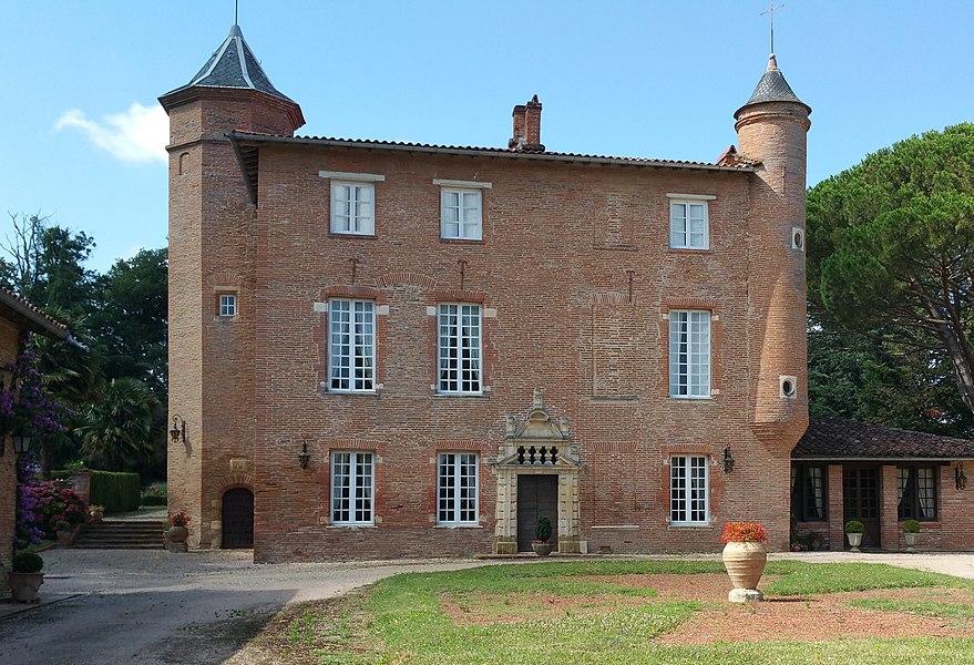 Façade et toiture classés. Magnifique clôture et portail.  31 Auzeville-Tolosane