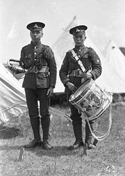 Lancashire Fusiliers 5th Bn (TA) Drummer and Bugler