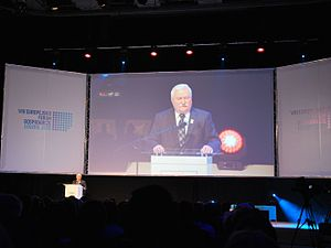 Lech Wałęsa - Wałęsa speaks on VIII European Economic Forum, 2015