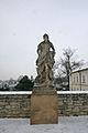 Litomyšl sochy na zdi zámecké zahrady.JPG