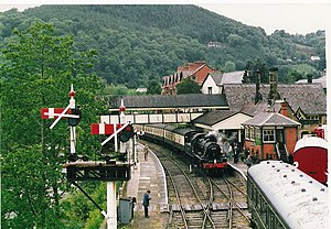 Llangollen Railway Station - geograph.org.uk - 289803.jpg