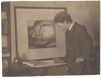 Lloyd Rees - Lloyd Rees sketching