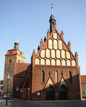 Luckenwalde tower church.jpg