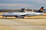 Lufthansa, D-AIDI, Airbus A321-231 (43438557090).jpg