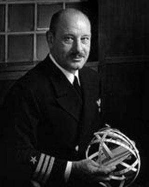 Hispanic Americans in World War II - Commander Luis de Florez