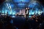 Luke hosts VH1 concert 150130-F-TZ771-067.jpg