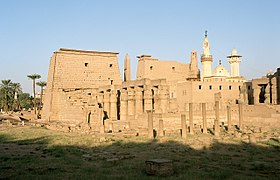 Luxor, Luxor Temple, south west view, Egypt, Oct 2004.jpg