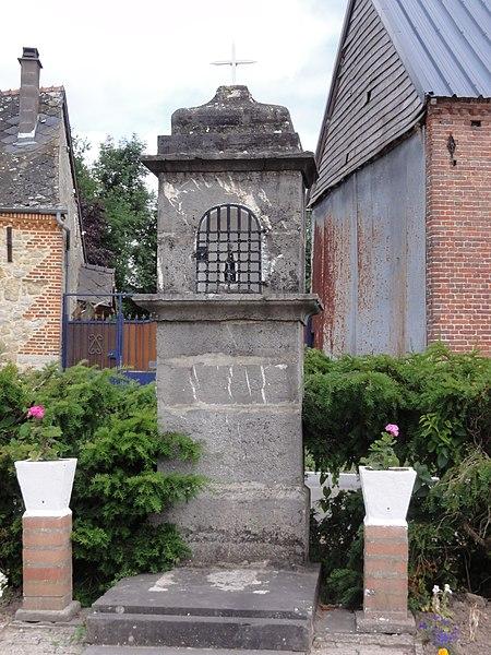 Luzoir (Aisne) oratoire, rue de la Chapelle