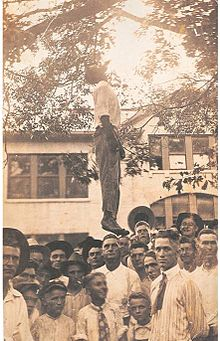220px-Lynching-of-lige-daniels
