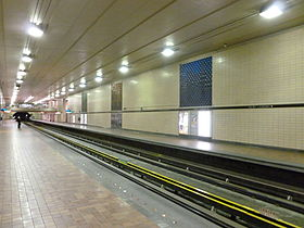 Métro Saint-Laurent 2.jpg