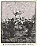 """M. Jacques Faure dans la nacelle du ballon """"Aéro-Club"""" (L'Illustration, 1900).jpg"""